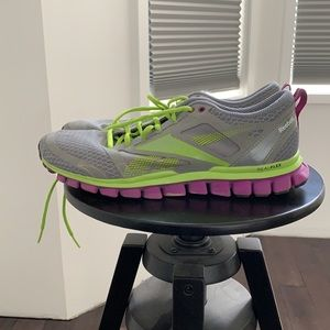 Reebok Realflex green and grey running shoes 9 euc